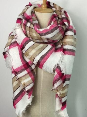 pink-pineapple-shop-scarf